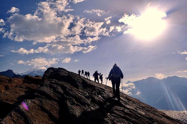 tour du mont blanc guided walk