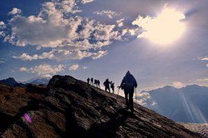 tmb guided walk